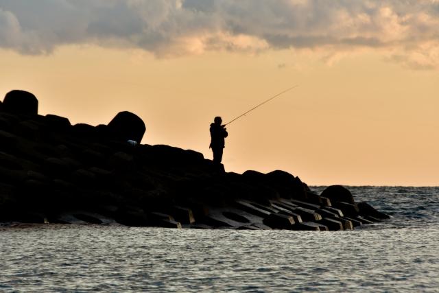 夕焼け磯釣り
